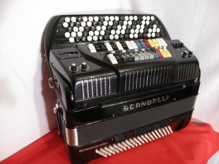 Scandalli B system MIDI accordion with expander
