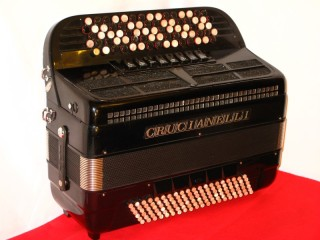 Crucianelli C system Continental button accordion