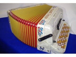 Fratelli Crosio C system Continental button accordion