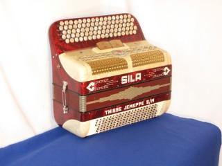 Sila continental system button accordion