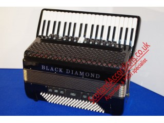 Black Diamond 120 bass black piano accordion