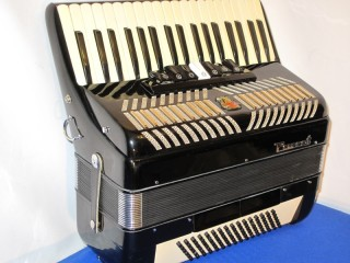 Parrot 96 bass black accordion