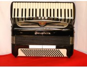 Zero Sette compact 41 key 120 bass accordion