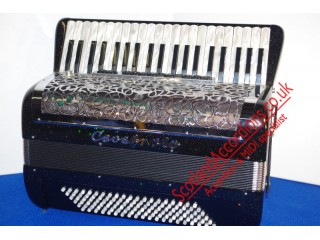 Cavagnolo Wireless reedless accordion with Odyssee expander